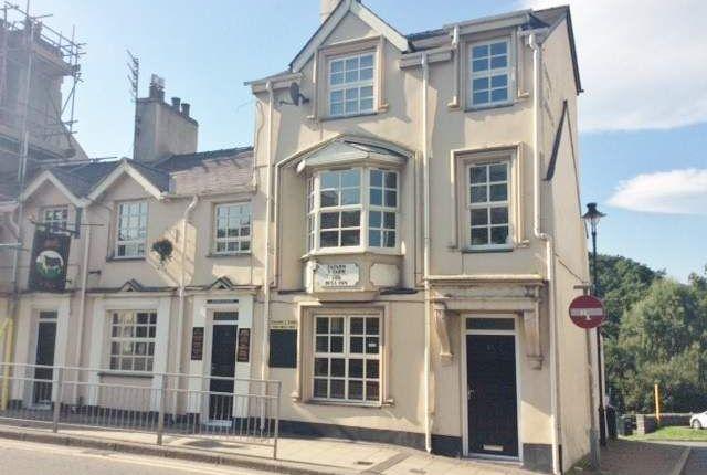 Thumbnail Pub/bar for sale in Ogwen Terrace, High Street, Bethesda, Bangor