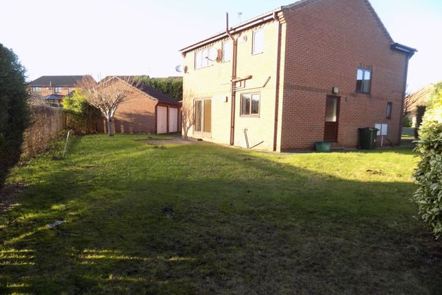 Thumbnail Detached house to rent in Highgrove Court, Doncaster