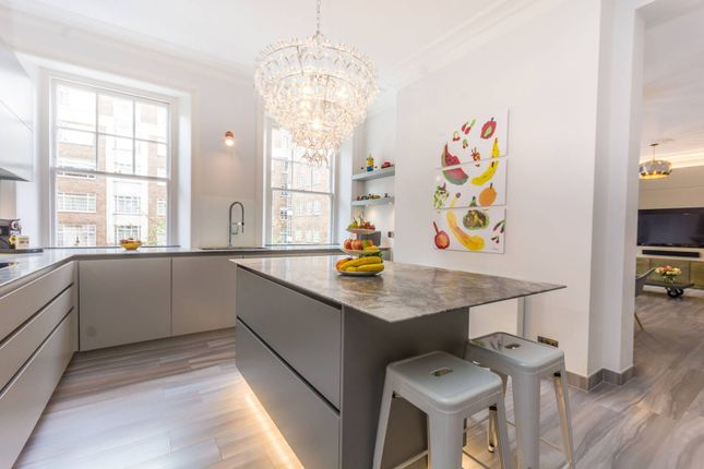 Thumbnail Flat for sale in Brown Street, Marylebone