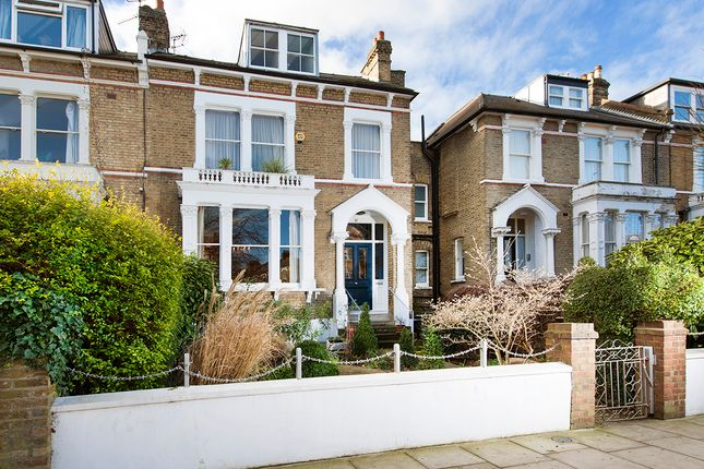 Thumbnail Semi-detached house for sale in Queens Drive, London