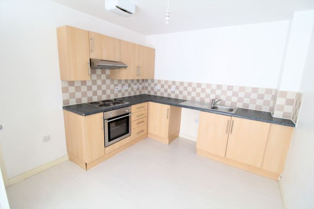 Thumbnail Flat to rent in City Link (Clock Tower) Hessel Street, Salford