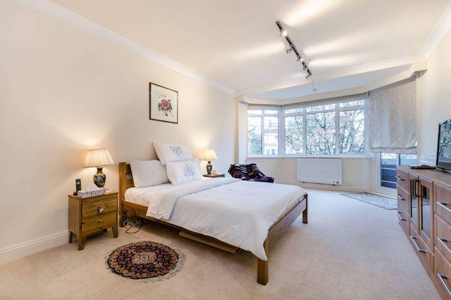 Thumbnail Flat to rent in Belsize Avenue, Belsize Park