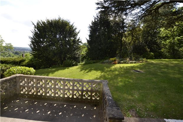 Thumbnail Flat for sale in Stratford Court, Bristol