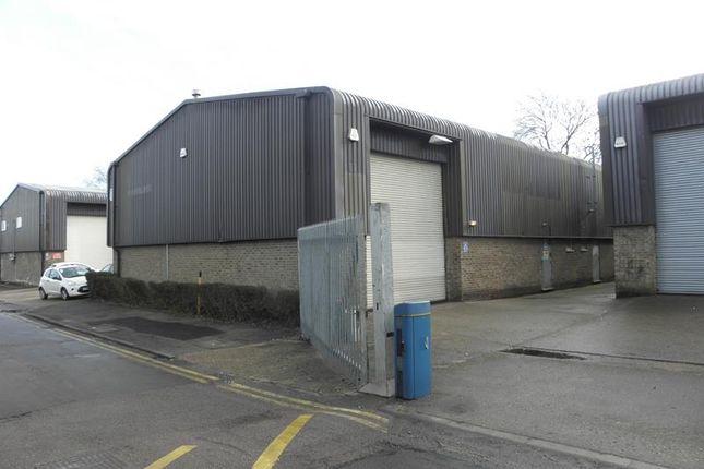 Thumbnail Warehouse to let in Unit B Park Avenue Industrial Estate, Park Avenue, Sundon Park, Luton, Bedfordshire