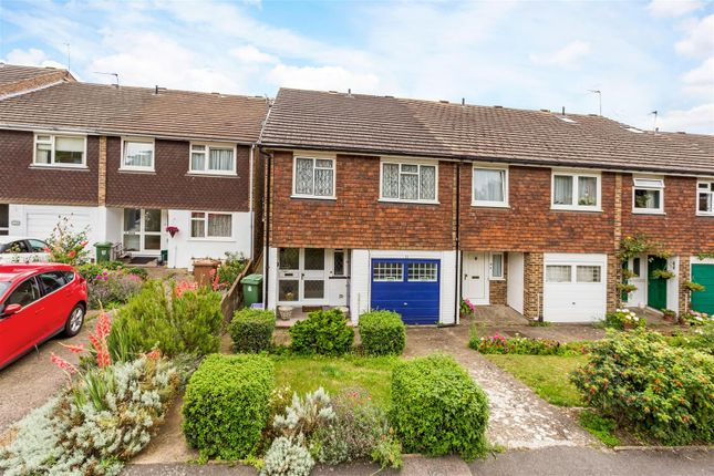 Thumbnail Property for sale in Hillview, Wimbledon