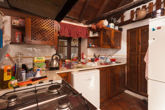 Casa 2-44 of Spain, Málaga, Casares