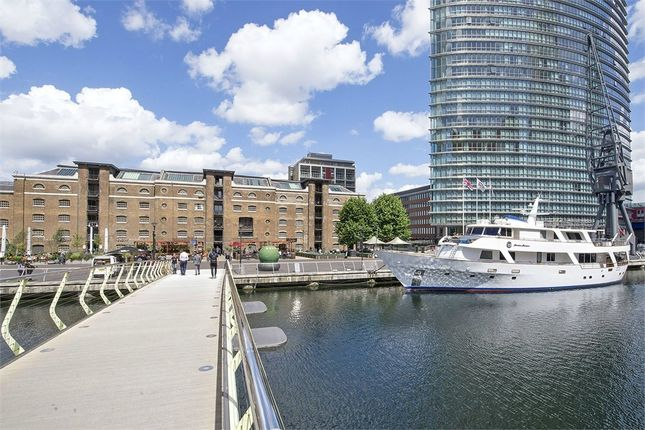2 bed flat to rent in Port East, Hertsmere Road, Canary Wharf