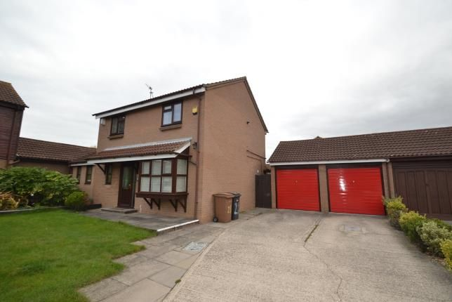 Thumbnail Detached house for sale in Springfield, Chelmsford, Essex
