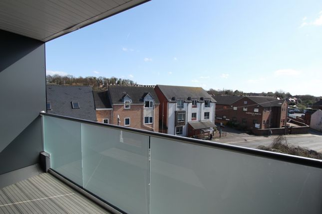 Thumbnail Penthouse to rent in Nottingham Road, Stapleford