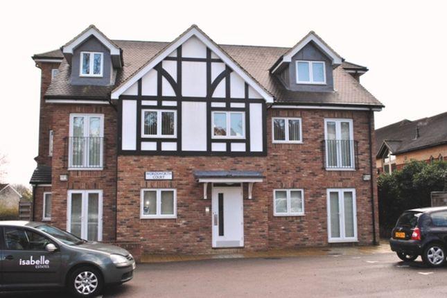 Thumbnail Flat to rent in Park Lane, Knebworth