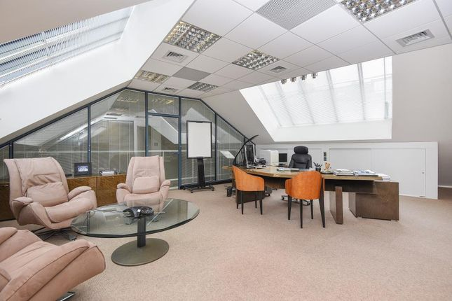 Meeting Room of Heathgate Place, London NW3
