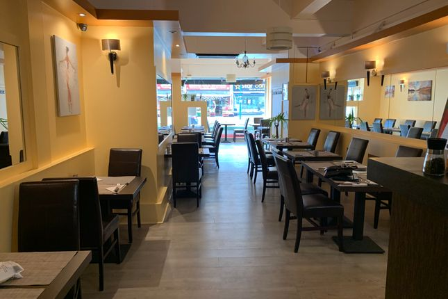 Thumbnail Restaurant/cafe to let in 41 The Broadway. Surbiton, Talworth