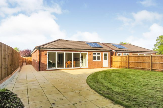 Thumbnail Detached bungalow for sale in Vandyke Close, Woburn Sands, Milton Keynes