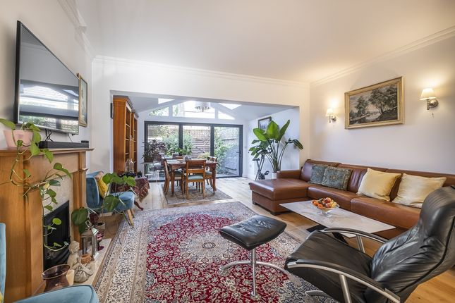 Thumbnail Mews house to rent in Berisford Mews, London