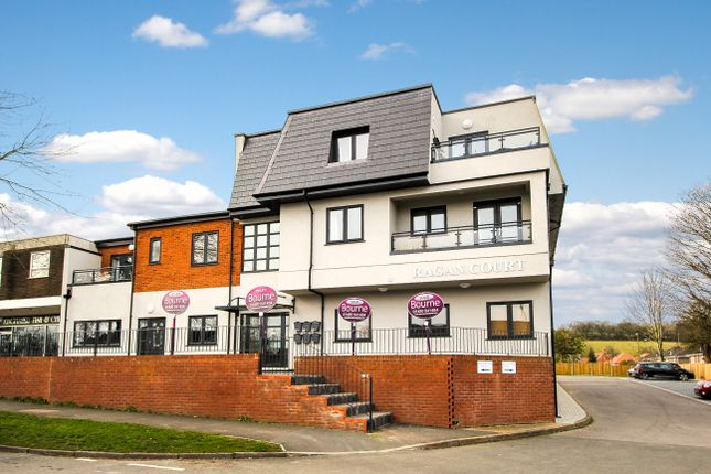 Thumbnail Flat to rent in Raven Square, Alton