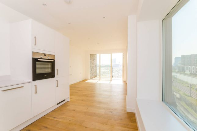 Thumbnail Flat to rent in Prospect Row, Stratford