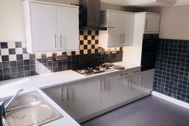 Thumbnail Terraced house to rent in Ramilies Road, Off Smithdown Road, Liverpool