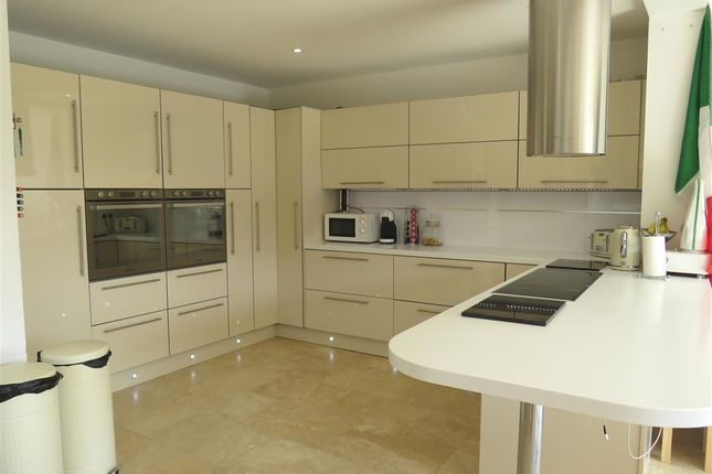 Thumbnail Semi-detached house for sale in Oxford Street, Finedon, Wellingborough
