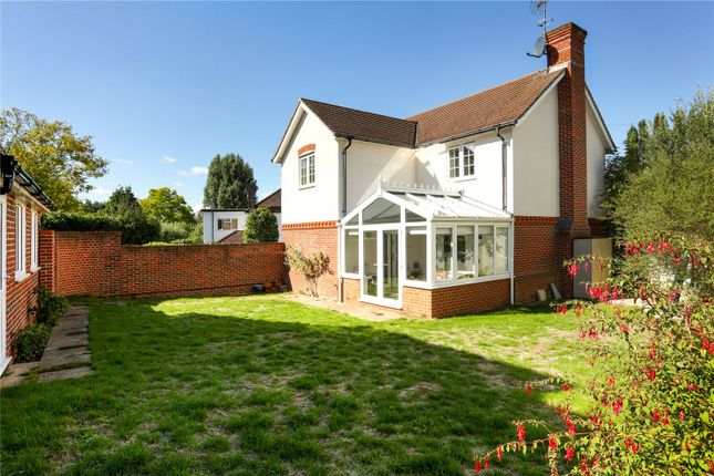 Picture No. 18 of Rythe Close, Claygate, Esher, Surrey KT10