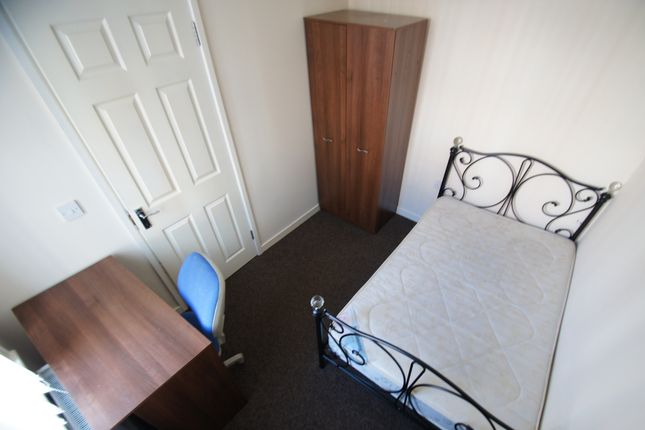 Thumbnail Terraced house to rent in St. Margaret Road, Coventry