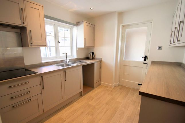 Thumbnail Cottage to rent in Rosenthal Terrace, High Street, Hemingford Grey, Huntingdon