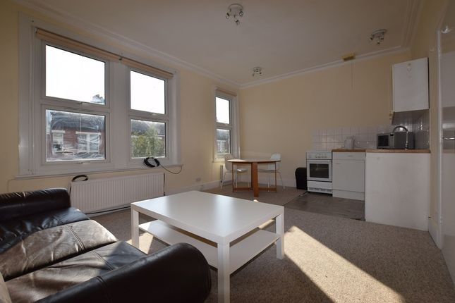 Thumbnail Flat to rent in Dunster Gardens, London