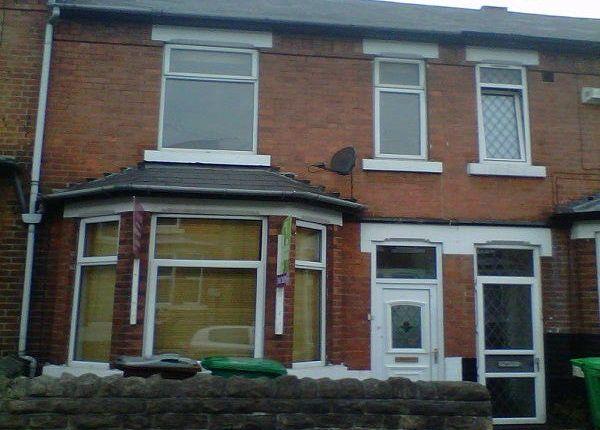 Thumbnail Terraced house to rent in Kimbolton Avenue, Nottingham