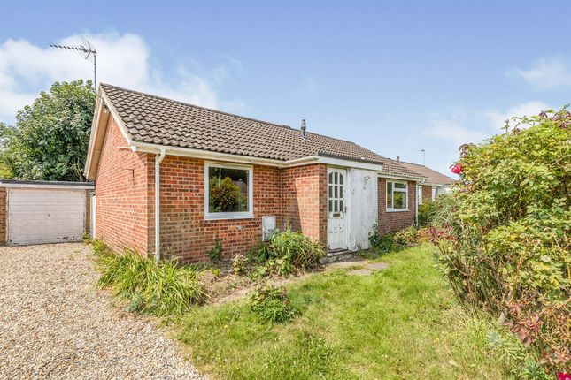 3 bed detached bungalow for sale in Firs Road, Hethersett, Norwich NR9