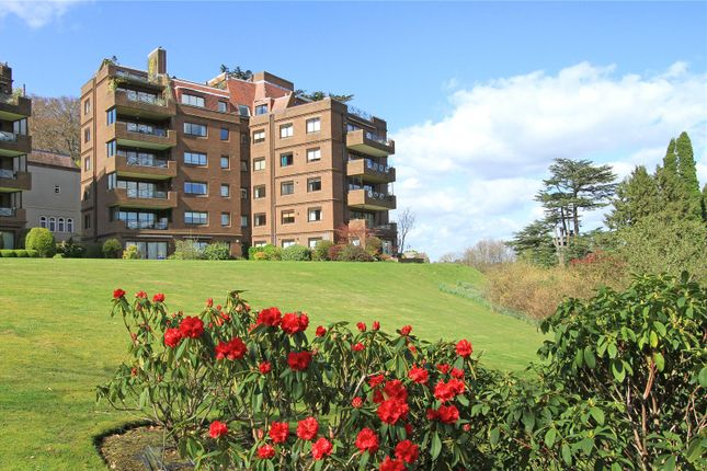 2 bed flat for sale in Cedar Lodge, Lythe Hill Park, Haslemere, Surrey