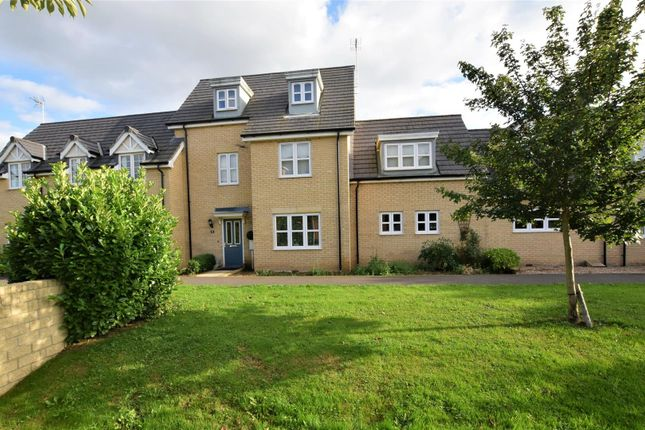 Thumbnail Town house for sale in Coltsfoot Close, Teigh, Oakham