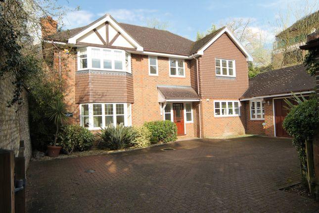 Thumbnail Detached house to rent in High Road, Bushey Heath, Bushey