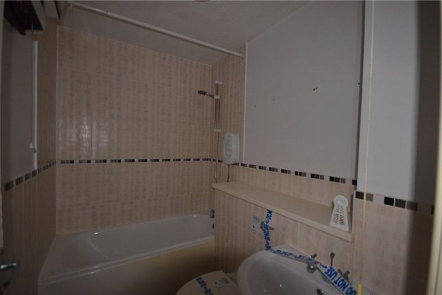 Bathroom of Seymour Court, Crowthorne, Berkshire RG45