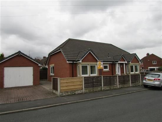 Thumbnail Bungalow to rent in Woodlands Avenue, Penwortham, Preston