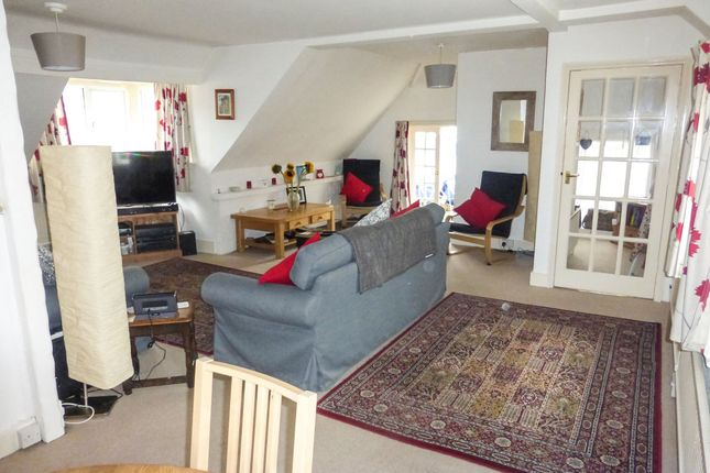 Thumbnail Flat for sale in Cooden Sea Road, Bexhill-On-Sea