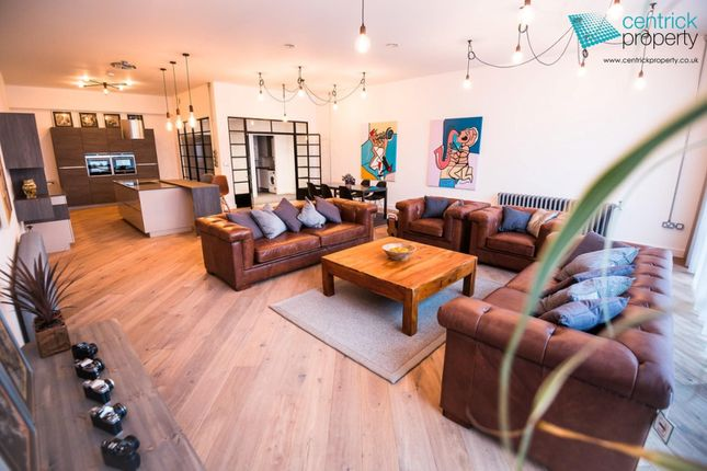 Thumbnail Flat to rent in Concord House, Marshall Street, Birmingham