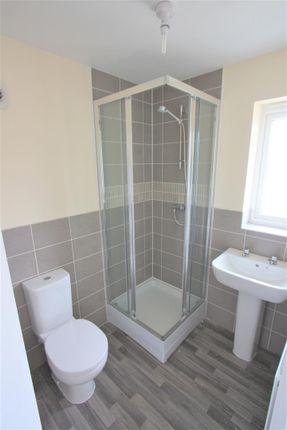 14 Bownder Treveli En Suite Shower