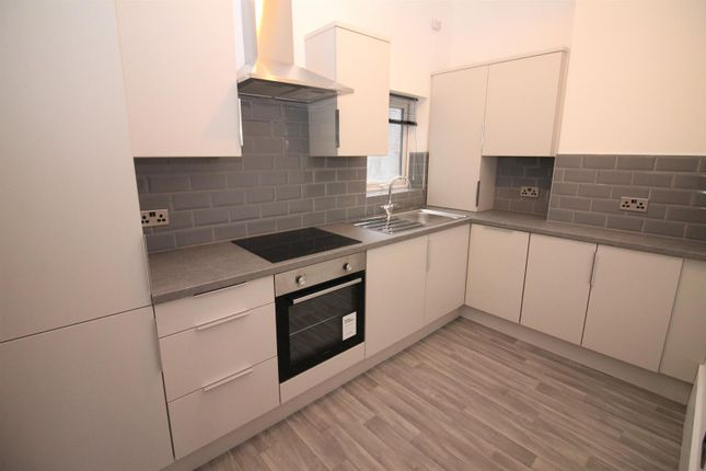 1 bed flat to rent in Manor Avenue, Urmston, Manchester M41