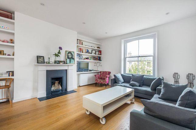 Thumbnail Maisonette to rent in Oxford Gardens, North Kensington