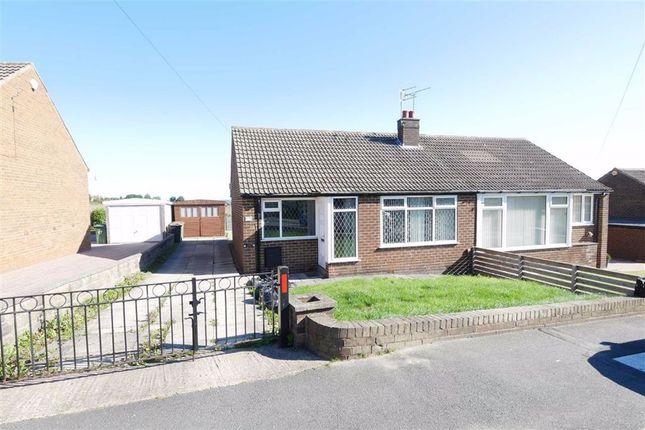 2 bed semi-detached bungalow to rent in King George Avenue, Morley, Leeds LS27