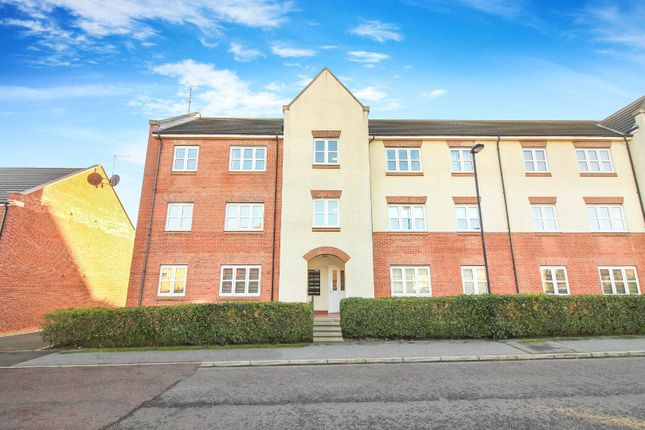 2 bed flat to rent in Dukesfield, Shiremoor, Newcastle Upon Tyne NE27