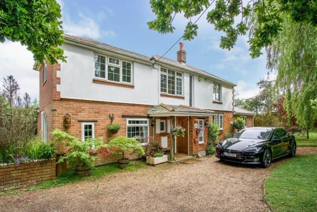 Thumbnail Detached house for sale in West End, Southampton, Hampshire