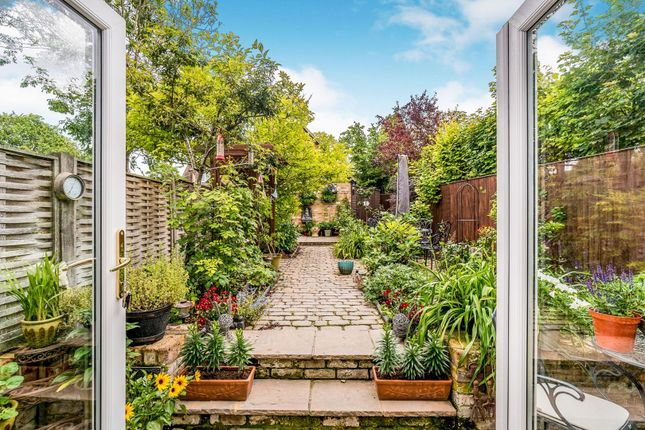Garden of Aylesbury Road, Princes Risborough HP27
