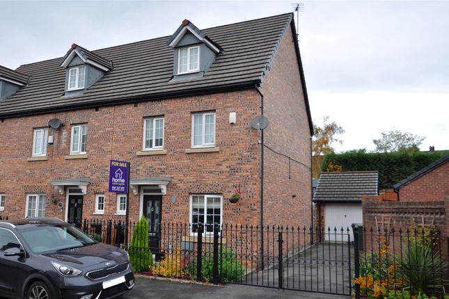 Thumbnail Semi-detached house for sale in Kestrel Close, Hyde