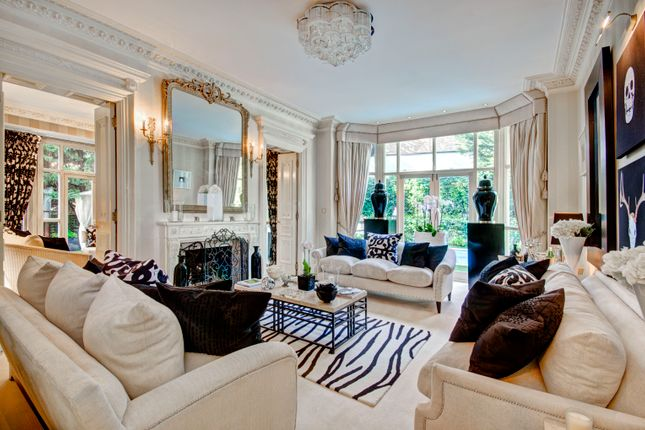 Thumbnail Town house to rent in Frognal, London
