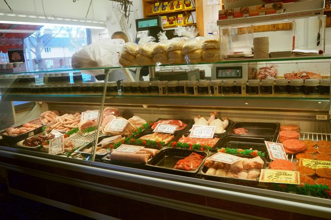 Thumbnail Retail premises for sale in Butchers HU4, East Yorkshire