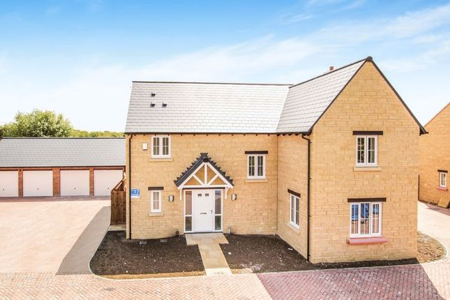Thumbnail Detached house for sale in Abingdon Road, Marcham, Abingdon