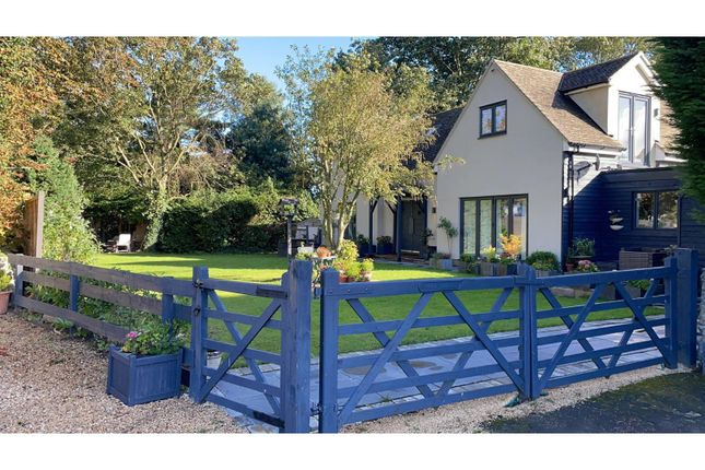 Thumbnail Detached house for sale in Bicester Road, Bicester