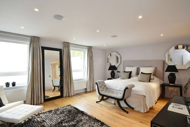 Thumbnail Flat to rent in Drayton Gardens, Chelsea