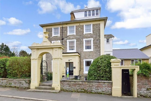 Thumbnail Flat for sale in Spencer Road, Ryde, Isle Of Wight