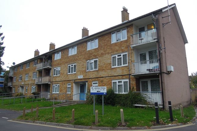 Thumbnail Flat to rent in St James Close, Southampton